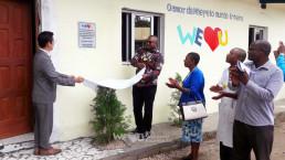 2018년 11월 19일 학생들과 학교장 및 교직원 그리고 마푸투 주교육감과 시교육감이 함께한 가운데 열린 재단법인 국제위러브유의 도서관 준공식