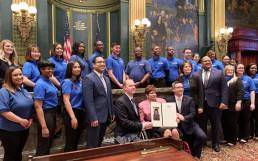 2019년 3월 19일, 국제위러브유가 미국 펜실베이니아 주의회로부터 표창장을 받음.