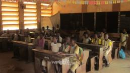 2018년 11월, 재단법인 국제WeLoveU는 아프리카 베냉에 있는 쟁비에 팡지 초등학교에 수업 진행에 어려움을 겪을 만큼 열악한 교육환경을 가져 태양열 전기시설 지원, 학용품 및 응급의약품 지원함.