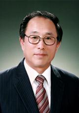 Intl. WelvoeU, Tổng giám đốc Quỹ WeLoveU Quốc tế,  Lee Gang Min