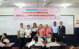On July 15, the WeLoveU Branch in El Salvador celebrated the opening of a library and held an event for donating educational supplies at Asunción Amatepe Primary School in El Rosario, La Paz.